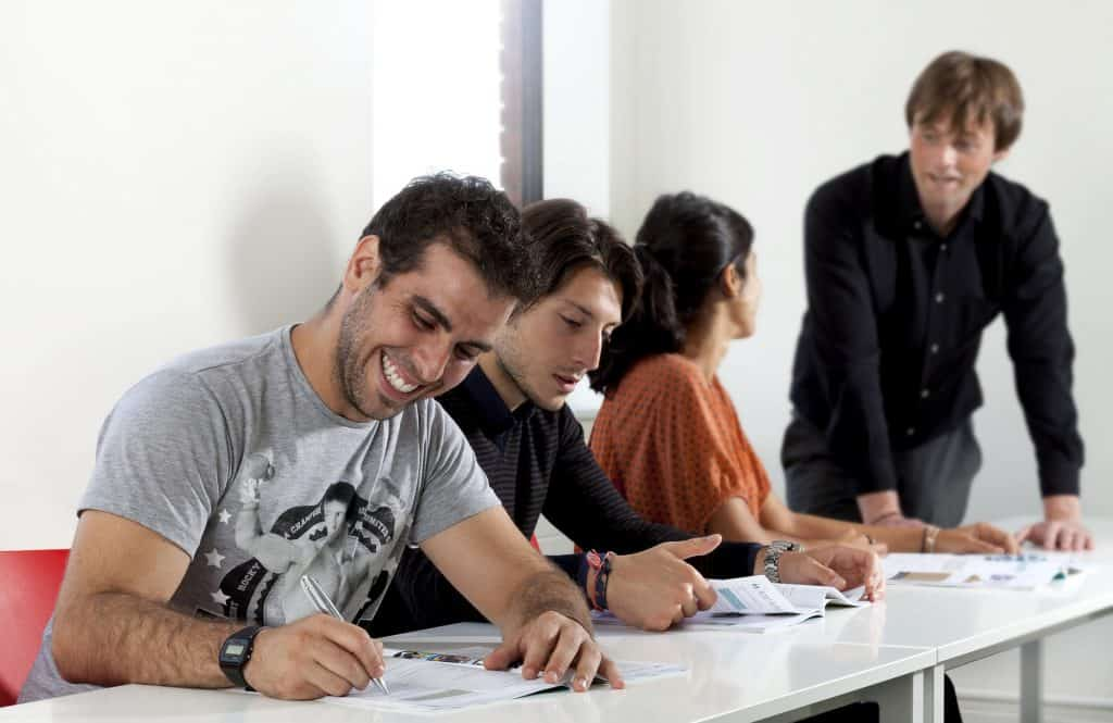 APPLY FOR A STUDENT VISA IN SPAIN